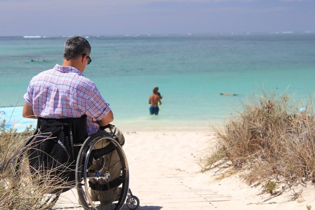 Cómo planificar las vacaciones de una persona con discapacidad